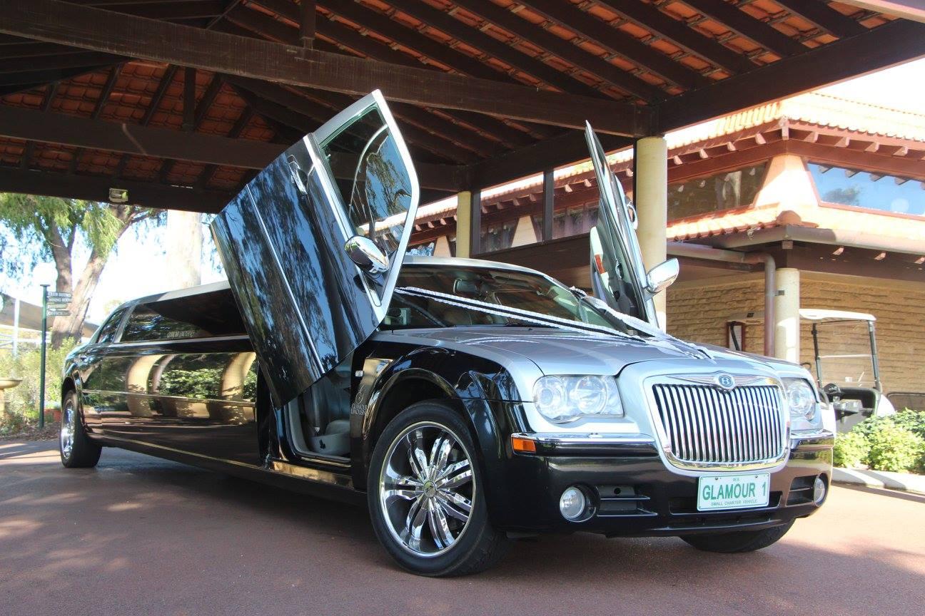 black chrysler limo for hire