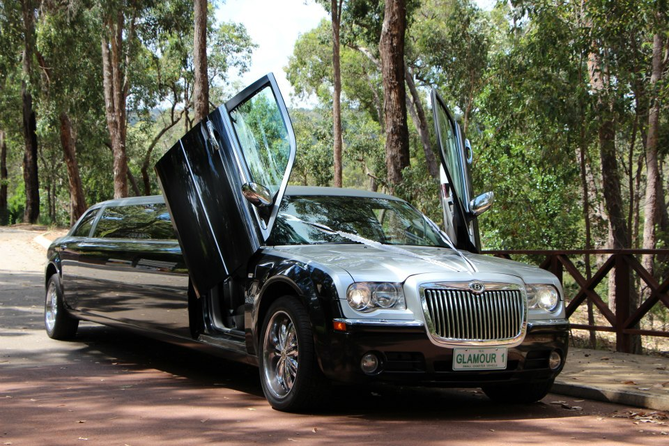 WEDDING LIMO IN PERTH FOR HIRE