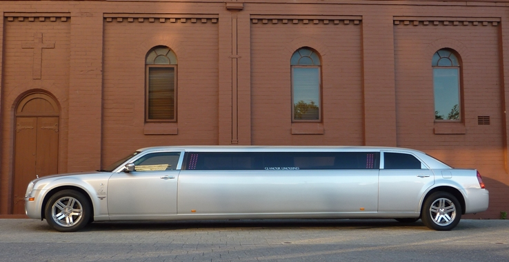 perth chrysler limousine, stretch limo perth, limo hire perth image